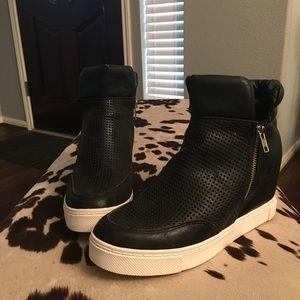 Steve Madden Women's Black Wedge Sneakers